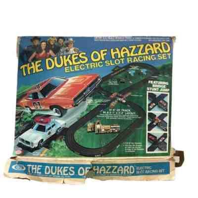 1981 The Dukes of Hazzard Electric Slot Racing Car