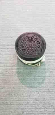 Vintage Nabisco Brown Plastic Oreo Cookie Yo-Yo Toy